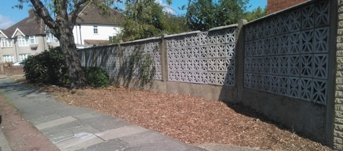 Tidied up amenity area on eastern entrance to Syon Park Gardens