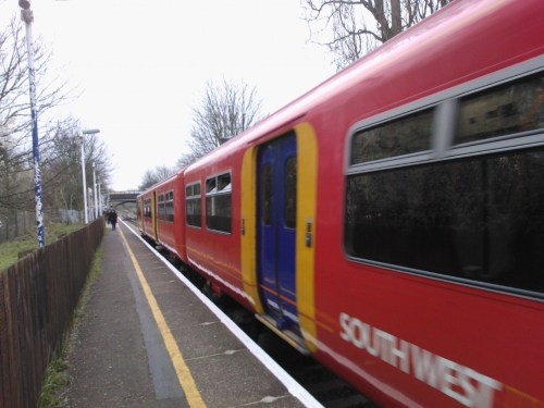 Train at Syon Lane